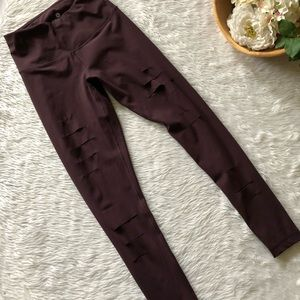90 Degree Plum Ripped Legging